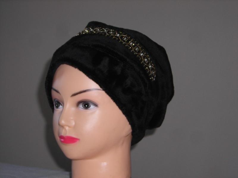 шапки оптом, спортивные женские шапки.