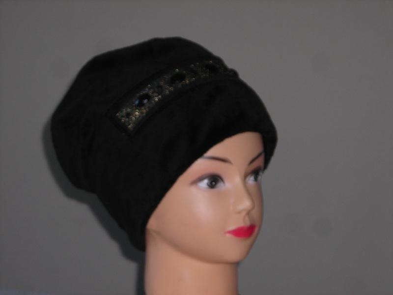 Женские шапки вязаные оптом, спортивные женские шапки оптом предлагает...